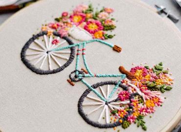 آموزش گلدوزی با چرخ و دست